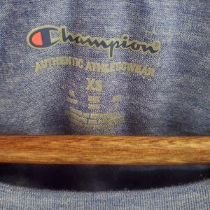 Champion Tops - Champion t-shirt worn once